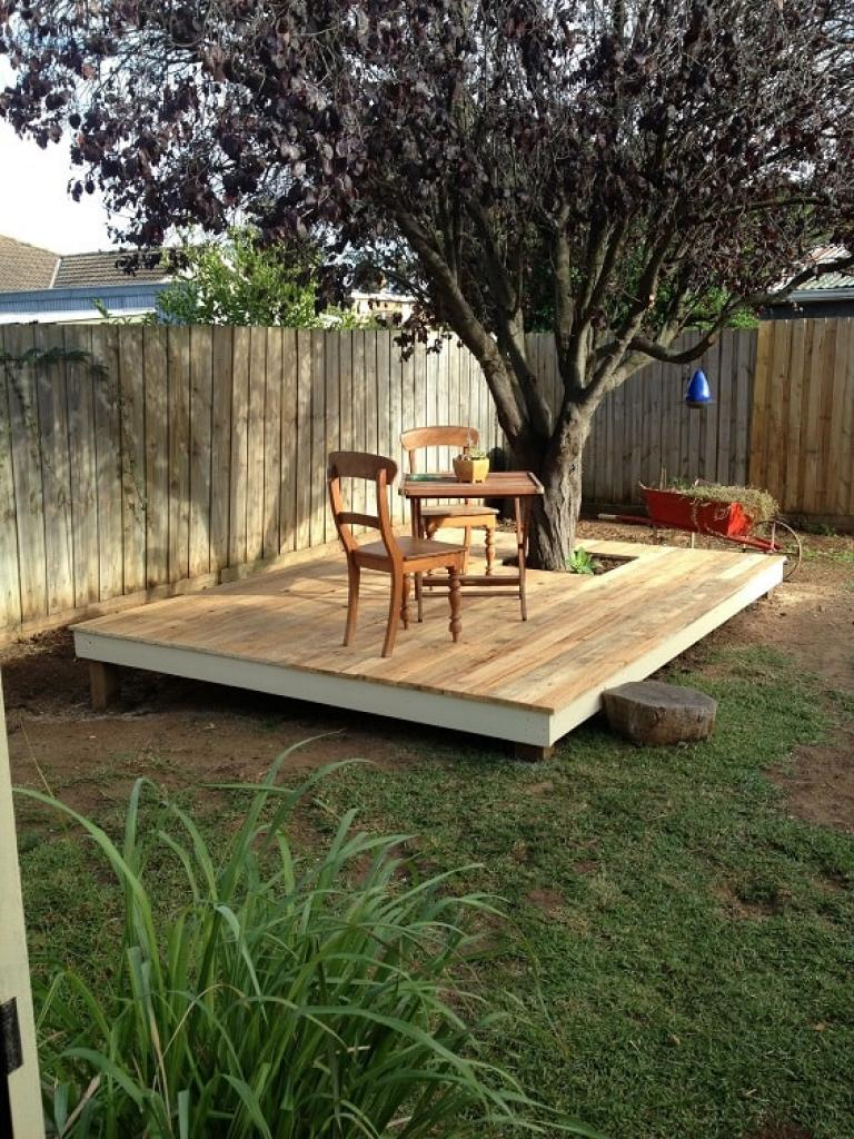 Admirable DIY Pallet Patio Terrace Ideas - Page 14 of 21 on Diy Backyard Deck Ideas id=76693